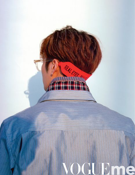 Tags: K-Pop, Got7, Jackson, Back, Glasses, Earrings, Blue Shirt, Shadow, VOGUEme, Magazine Scan, Scan