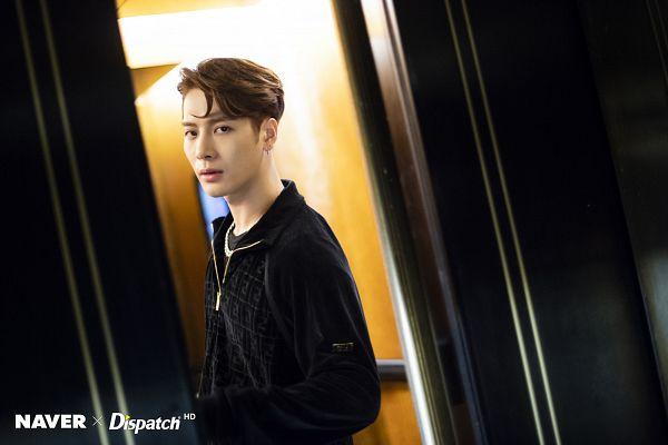 Tags: K-Pop, Got7, Jackson, Elevator, Jumpsuit, Necklace, Serious, Dispatch