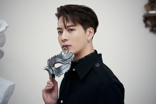 Tags: K-Pop, Got7, Jackson, Mask Off, Serious, Light Background, White Background, Mask, Dye