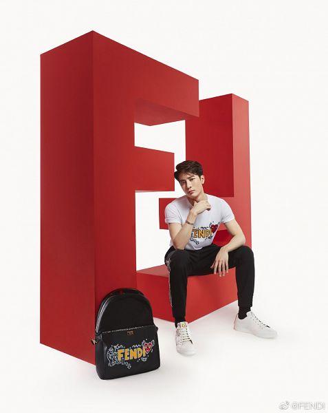 Tags: K-Pop, Got7, Jackson, Bracelet, Bag, Light Background, Short Sleeves, White Background, Serious, Shoes, Sneakers, Backpack