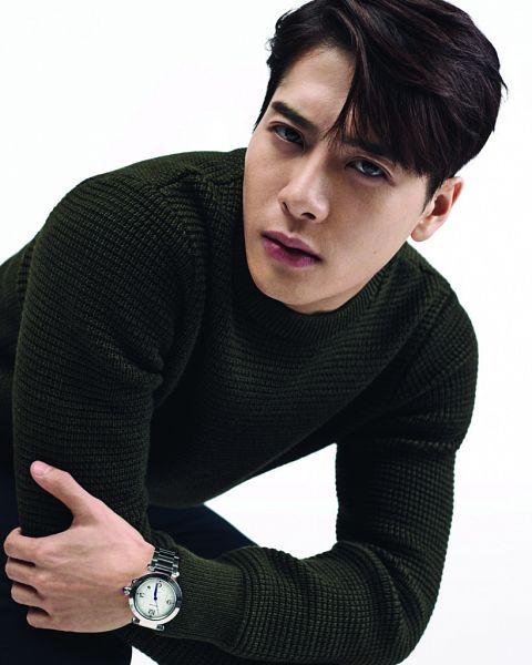 Tags: K-Pop, Got7, Jackson, Green Shirt, White Background, Serious, Watch, Wristwatch, Light Background, Magazine Scan, AugustMan