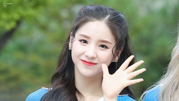 Tags: K-Pop, LOOΠΔ, Jeon Heejin, Wallpaper