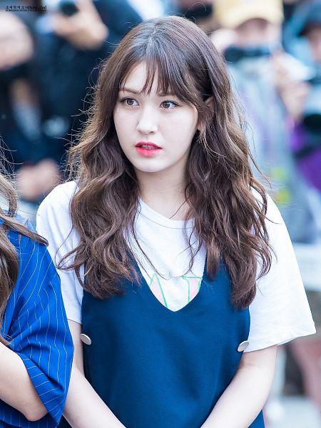 Tags: K-Pop, Jeon Somi