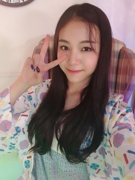 Tags: K-Pop, Rocket Punch, Jeong Dahyun