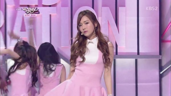 Tags: Girls' Generation, Mr.Mr., Jessica Jung, Pink Outfit, Wavy Hair, Pink Dress, Wallpaper, Music Bank