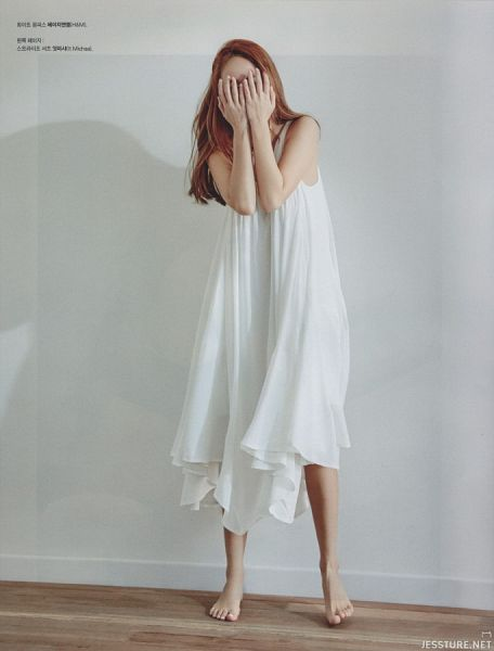 Tags: K-Pop, Girls' Generation, Jessica Jung, Sleeveless Dress, Barefoot, Covering Eyes, Korean Text, White Dress, Bare Shoulders, Gray Background, Sleeveless, Covering Mouth