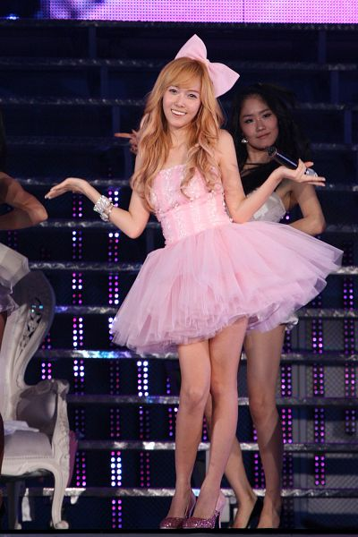 Tags: K-Pop, Girls' Generation, Jessica Jung, Pink Dress, Pink Outfit, Hair Ornament, Bow, Pink Bow, High Heels, Hair Bow