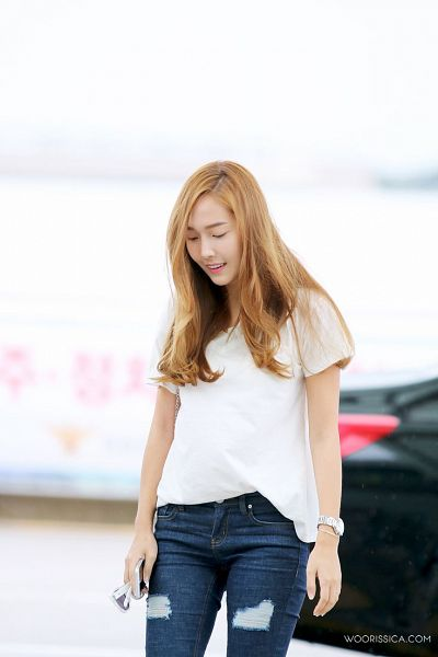 Tags: K-Pop, Jessica Jung, Watch, Sunglasses, Holding Object, Phone, Light Background, Jeans, Looking Down, White Background, Glasses, Woorissica