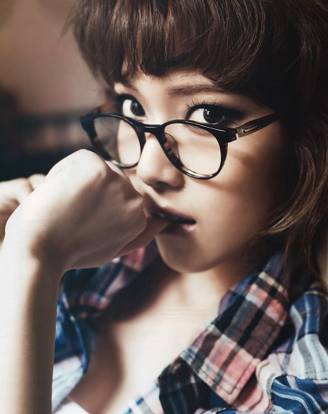 Tags: K-Pop, Girls' Generation, Jessica Jung, Glasses, Checkered Shirt, Medium Hair, Blue Shirt, Finger To Lips, Checkered
