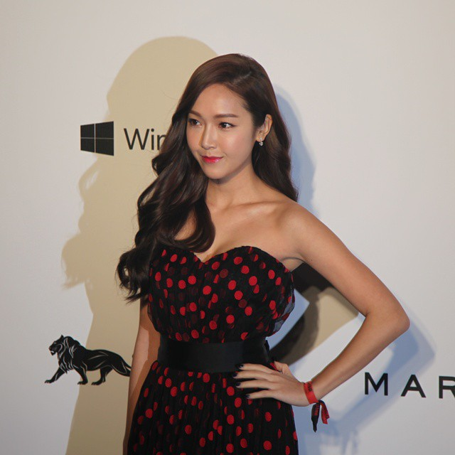 Tags Girls Generation Jessica Jung Shadow Hand On Hip Nail