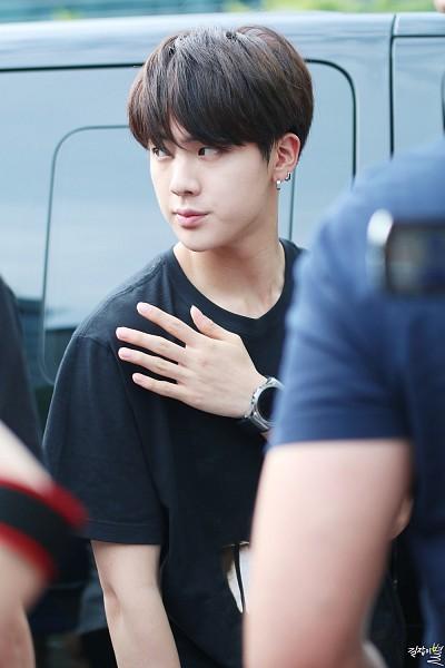Tags: K-Pop, Bangtan Boys, Jin, Black Outfit, Black Dress, Dress, Mobile Wallpaper