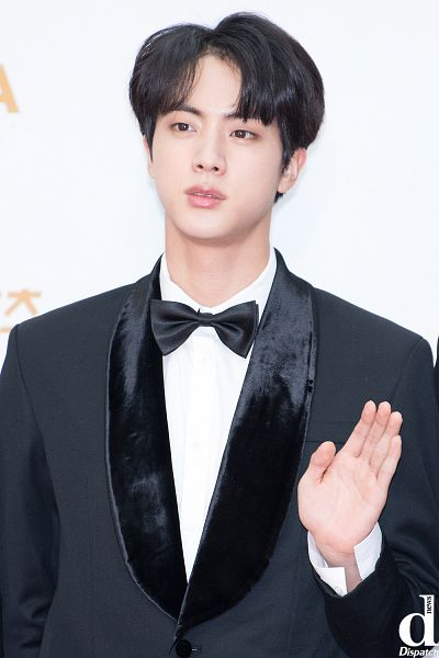 Tags: K-Pop, BTS, Jin, Black Neckwear, Light Background, Looking Ahead, Black Outerwear, Wave, Black Jacket, Red Carpet, Bow Tie, Collar (Clothes)