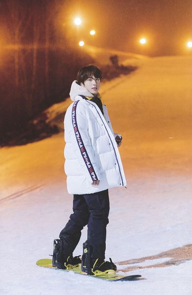 Tags: K-Pop, BTS, Jin, Hoodie, Coat, Back, Outdoors, Snow, Looking Back, Snowboard, Gloves, Night