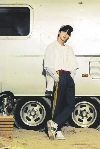 Tags: K-Pop, BTS, Jin, Sand, Hand In Pocket, White Outerwear, Hat, Gray Pants, White Jacket, Car, BTS The Best, Scan