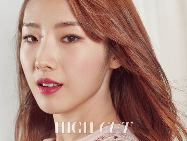 Tags: K-Pop, LOOΠΔ, Jo Haseul, Make Up, Magazine Scan, Innisfree, High Cut