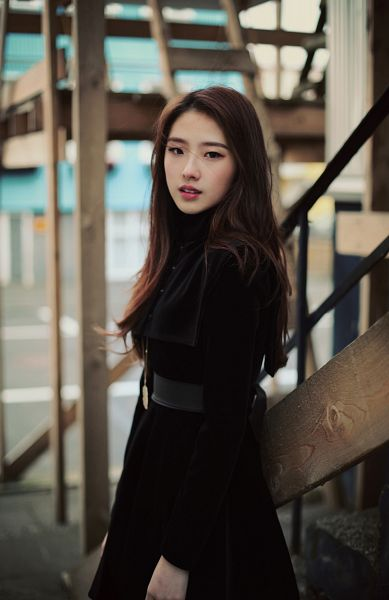 Tags: K-Pop, LOOΠΔ, Jo Haseul, Black Outfit, Black Dress