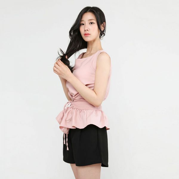 Tags: K-Pop, Berry Good, Johyun, Black Eyes, Shorts, Black Shorts, Jewelry, Pink Shirt, Simple Background, Earrings, Gray Background, Standing