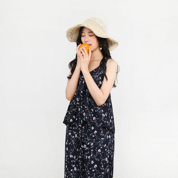 Tags: K-Pop, Berry Good, Johyun, Eyes Closed, Orange (Fruit), Hat, Black Pants, Floral Pants, Sleeveless, Gray Background, Pants, Floral Shirt