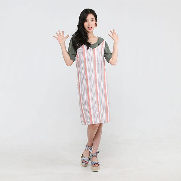 Tags: K-Pop, Berry Good, Johyun, Standing, Striped, Short Sleeves, Jewelry, Sandals, Black Eyes, Earrings, Green Shirt, Dress