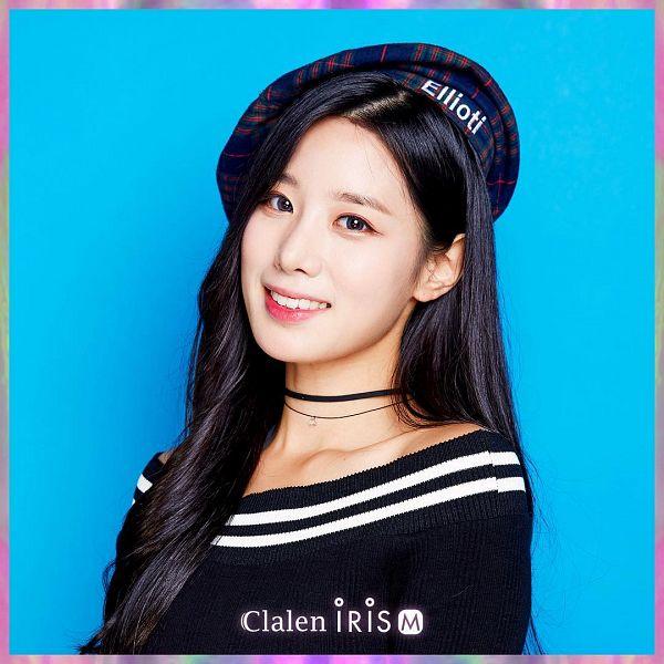Tags: K-Pop, Berry Good, Johyun, Blue Background, Contact Lenses, Plaided Print, Grin, Choker, Hat, Clalen