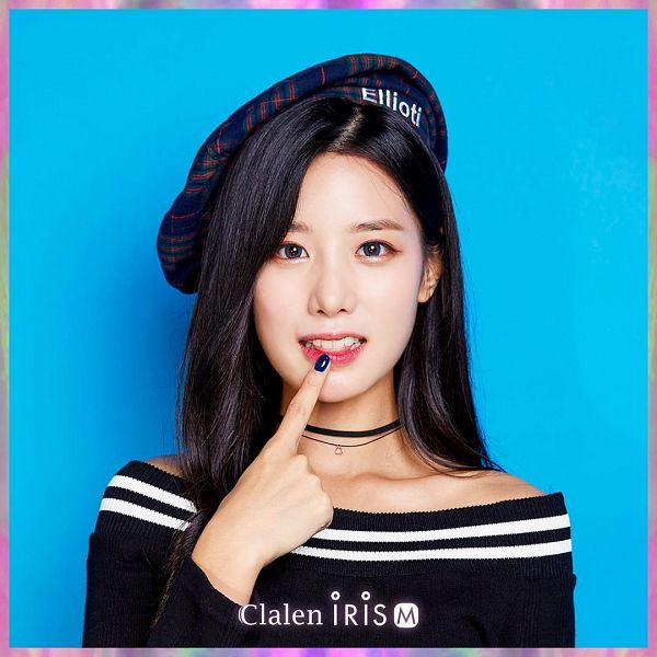 Tags: K-Pop, Berry Good, Johyun, Hat, Contact Lenses, Make Up, Plaided Print, Blue Background, Choker, Nail Polish, Clalen