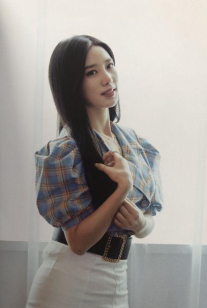 Tags: K-Pop, Berry Good, Johyun, Ring, White Skirt, Belt, Plaided Shirt, Necklace, Blue Shirt, Skirt, Plaided Print, Fantastic