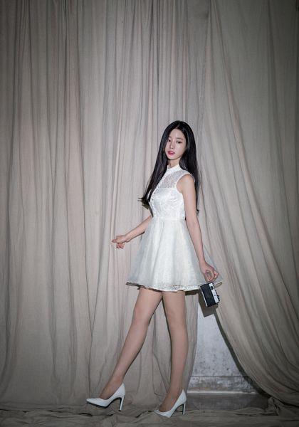 Tags: K-Pop, Berry Good, Johyun, Red Lips, Looking Back, Bare Shoulders, White Dress, White Footwear, Black Eyes, Camera, Sleeveless Dress, Sleeveless