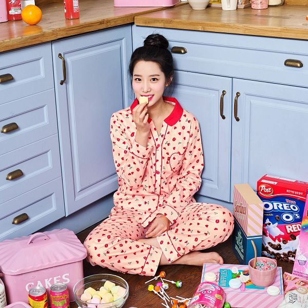 Tags: K-Pop, Berry Good, Johyun, Hair Up, Cereal, Barefoot, Nightwear, Red Shirt, Candy, Sitting On Ground, Marshmallow, Food