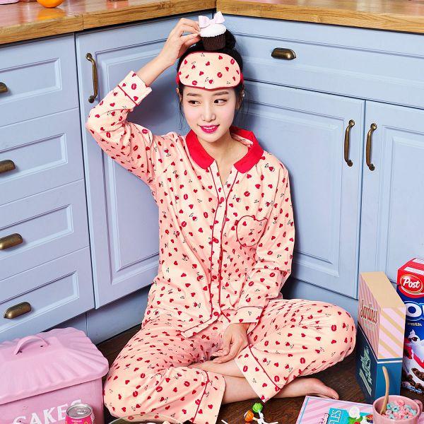 Tags: K-Pop, Berry Good, Johyun, Red Pants, Candy, Mask, Cereal, Hair Buns, Eye Mask, Food, Single Bun, Hair Up