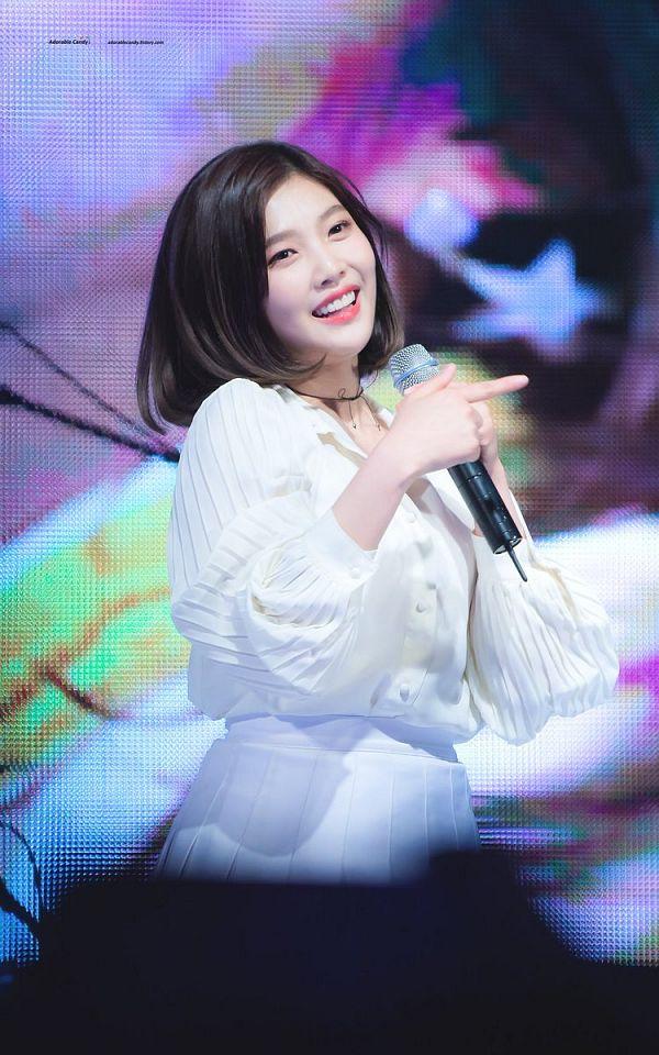 Tags: K-Pop, Red Velvet, Joy
