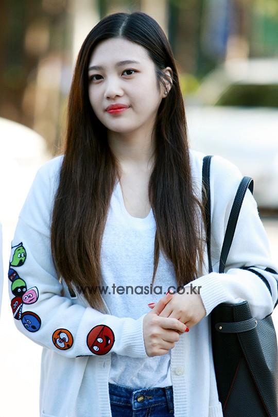 Tags: K-Pop, SM Town, Red Velvet, Joy, Red Hair