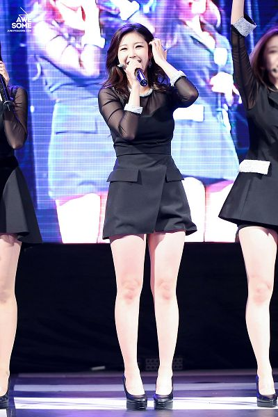 Tags: K-Pop, Secret, Jun Hyoseong, Hand In Hair, Covering Mouth, High Heels, Eyes Half Closed, Matching Outfit, Looking Up, Black Dress, Medium Hair, Bare Legs