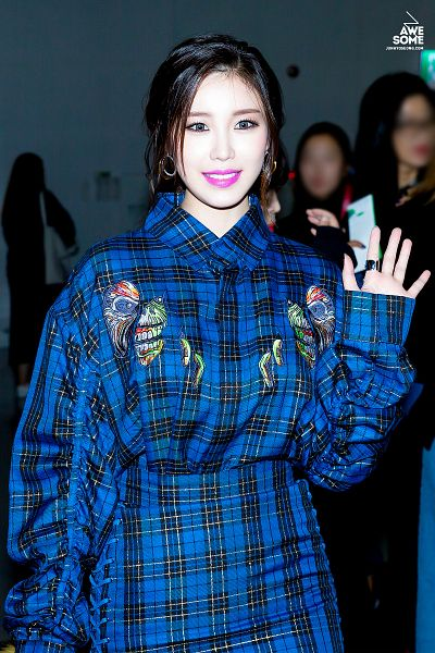Tags: K-Pop, Secret, Jun Hyoseong, Blue Dress, Wave, Blue Outfit, Checkered Dress, Hair Up, Looking Ahead, Ring, Checkered, Awesome (Fansite)
