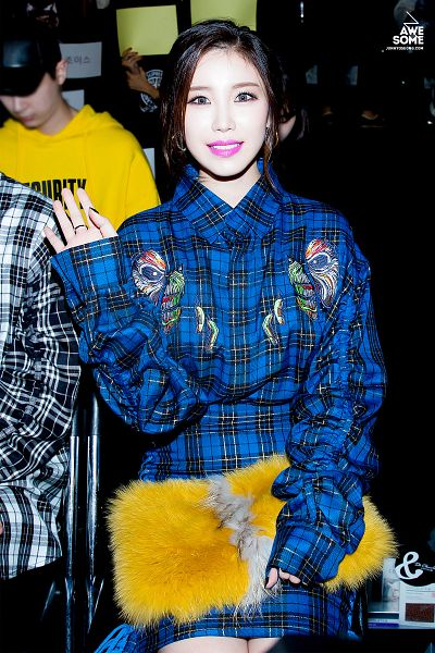 Tags: K-Pop, Secret, Jun Hyoseong, Chair, Hair Up, Checkered Dress, Ring, Blue Dress, Sitting On Chair, Checkered, Blue Outfit, Wave