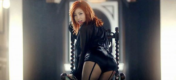Tags: K-Pop, Secret, Jun Hyoseong, Sexy Pose, Red Hair, Suggestive
