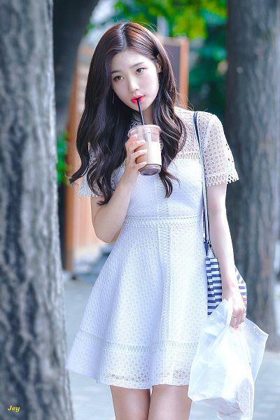 Tags: K-Pop, DIA, Jung Chaeyeon, Bare Legs, White Dress, Drinks, Drinking, Outdoors, Bag, White Outfit, Jey
