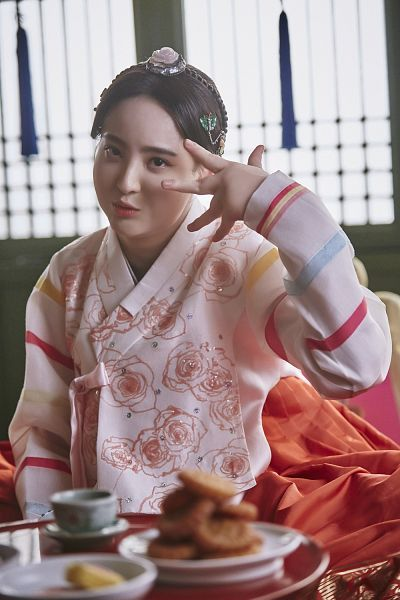 Tags: K-Drama, Jung Hye-sung, Hair Ornament, Food, Table, Traditional Clothes, Korean Clothes, Hanbok, Android/iPhone Wallpaper, Moonlight Drawn by Clouds