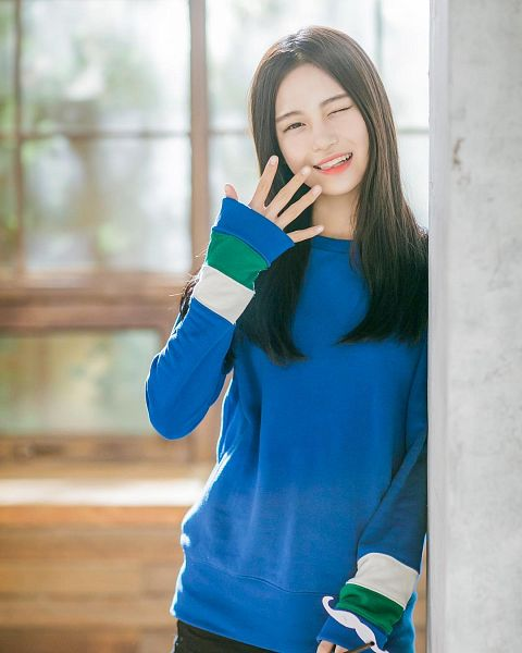 Tags: JTG Entertainment, K-Pop, Busters, Dream On, Jung Jisu, Window, Blue Shirt, Sweater, Wink, Black Eyes
