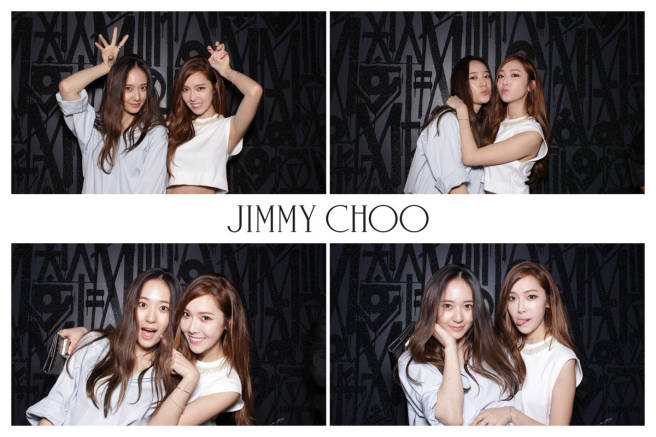 Tags: K-Pop, Jung Sisters, f(x), Girls' Generation, Jessica Jung, Krystal Jung, Finger To Cheek, Tongue, Midriff, Arm Around Shoulder, Two Girls, Hand On Cheek