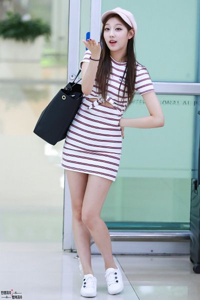 Tags: K-Pop, Lovelyz, Jung Yein, Bag, White Dress, White Footwear, Hand On Hip, Bare Legs, White Outfit, White Headwear, Bracelet, Striped Dress