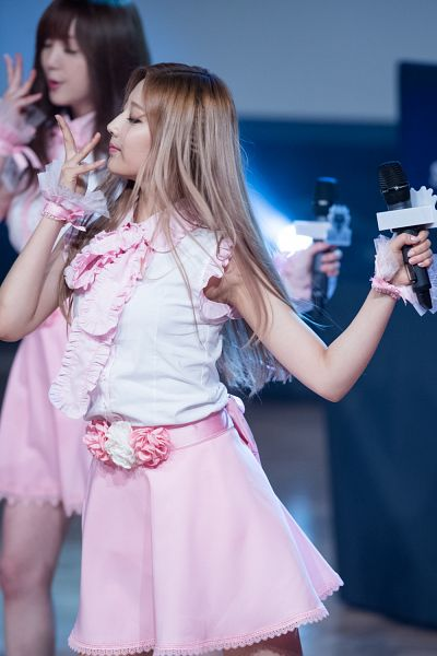 Tags: K-Pop, Lovelyz, Jung Yein, Android/iPhone Wallpaper, Live Performance