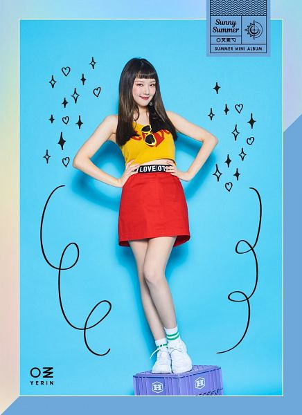 Tags: K-Pop, G-friend, Jung Yerin, Blue Background, Sleeveless, Hand On Hip, Bare Shoulders, Red Skirt, Sleeveless Shirt, Skirt, Yellow Shirt, Full Body
