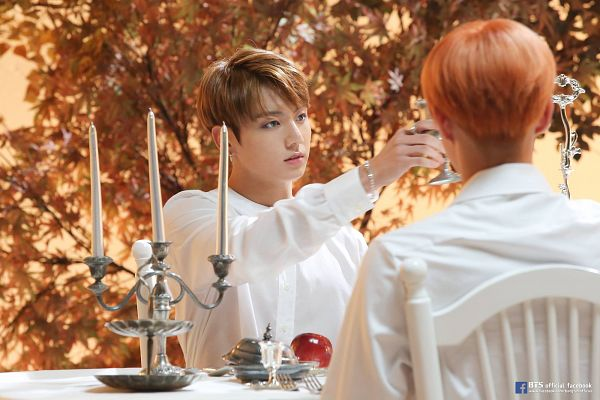 Tags: K-Pop, BTS, Blood Sweat & Tears, Jungkook, Leaf, Apple, Candelabrum, Candle, Bracelet, Fruits, Wings (Album)