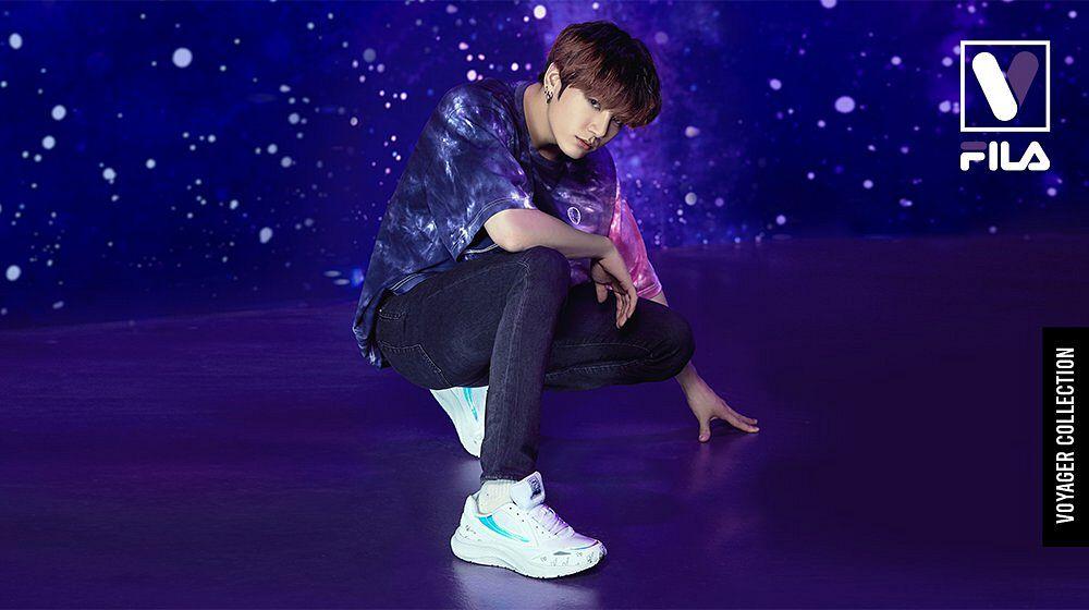 Tags: K-Pop, BTS, Jungkook, Shoes, Dark Background, Space, Jeans, Sky, Sneakers, Short Sleeves, Black Pants, Crouching