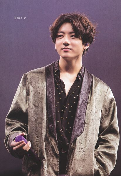 Tags: K-Pop, BTS, Jungkook, Black Eyes, Gradient Background, Looking Away, Spotted, Belt, Purple Background, Hanbok, Spotted Shirt, Traditional Clothes