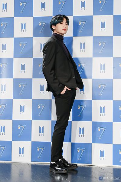 Tags: K-Pop, BTS, Jungkook, Hand In Pocket, Text: URL, Black Pants, White Legwear, Shoes, Collar (Clothes), Text: Artist Name, Black Jacket, Reflection