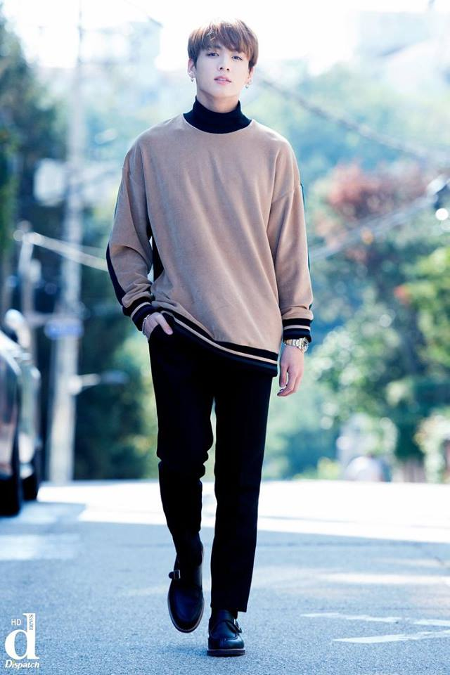 Tags: K-Pop, Bangtan Boys, Jungkook, Walking, Black Eyes, Wristwatch, Serious, Hand In Pocket, Brown Shirt, Watch, Turtleneck, Collar (Clothes)