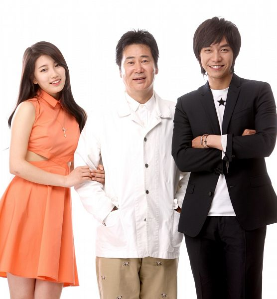 Tags: K-Drama, K-Pop, Miss A, Yoo Dong-geun, Lee Seung-gi, Bae Suzy, Crossed Arms, Necklace, Black Pants, Light Background, Black Eyes, White Background