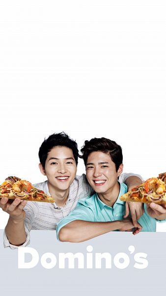 Tags: K-Drama, Song Joong-ki, Park Bo-gum, Arm Around Shoulder, Two Males, Duo, Pizza, Food, Domino's Pizza