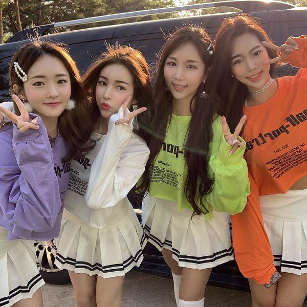 Tags: K-Pop, Chic Angel, ICIA, Bambino, Seoah, Youmin (ICIA), Nayoon, Yeowool, Hair Clip, Skirt, Purple Shirt, Orange Shirt